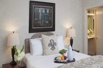 Rooms & Suites | Chateau Hotel